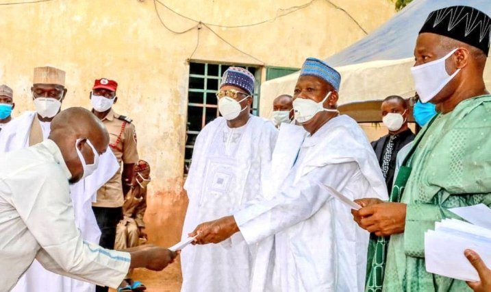 Ganduje decongests correctional centre….Frees 123 inmates
